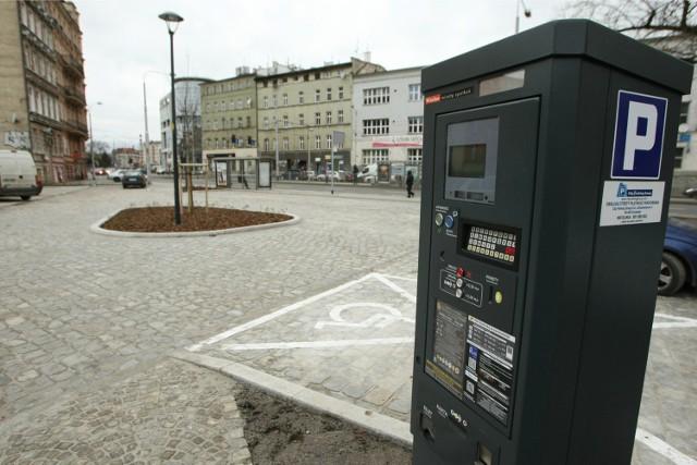 Czy miasto może pobierać opłaty parkingowe w soboty? Naczelny Sąd Administracyjny twierdzi że nie. Ale wrocławscy urzędnicy są innego zdania