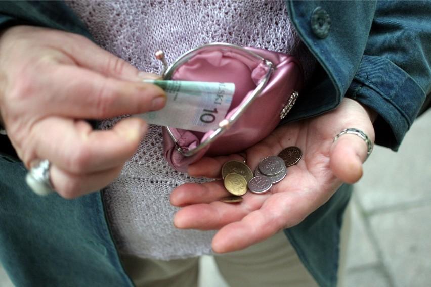 Co do zasady świadczenia długoterminowe (emerytury, renty,...