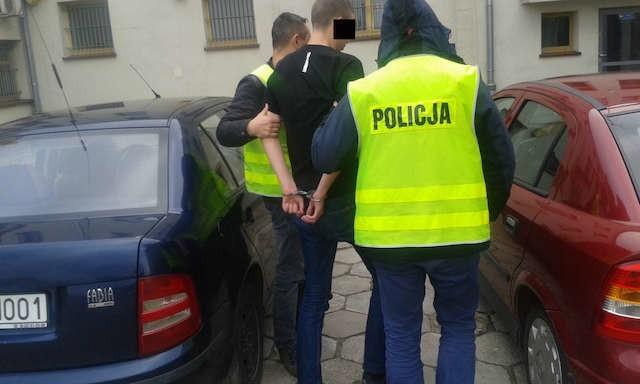 Jeden z zatrzymanych do sprawy pobicia w Żninie
