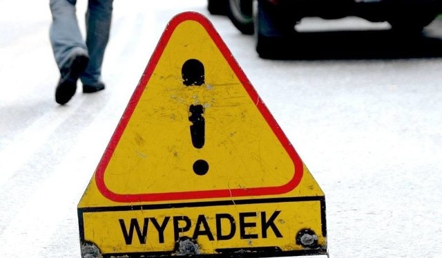 Dwa auta osobowe zderzyły się w Szychowie na DK nr 15.