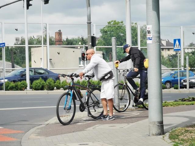 Ostatnio na ulicach więcej jest rowerzystów, wzrasta też liczba urazów związanych z jazdą na rowerze