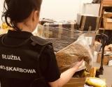 Coraz więcej nielegalnego tytoniu w przesyłkach kurierskich. W tym roku zabezpieczono już łącznie ponad 1,6 tony tytoniu