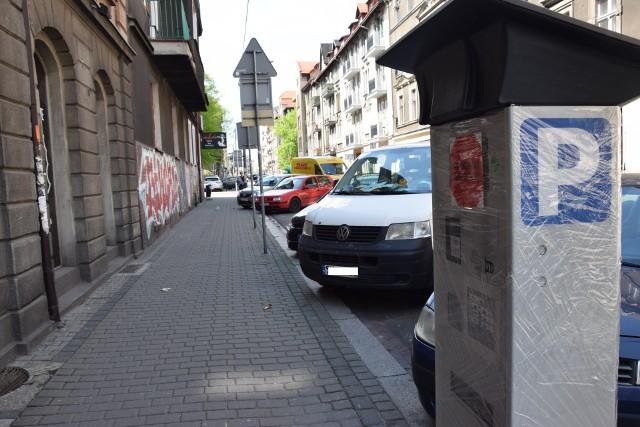 Nowy parkomat przy ulicy Wojewódzkiej w Katowicach