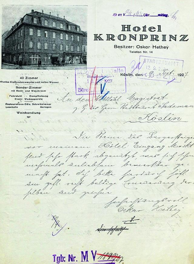 Tak prezentuje się fragment korespondencji, którą właściciele hotelu prowadzili z władzami miasta. Rzecz dotyczyła sporu, kto ma naprawić chodnik przy hotelu.