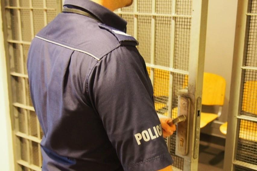 35-latek podejrzany o rozbój trafił do aresztu na trzy miesiące.