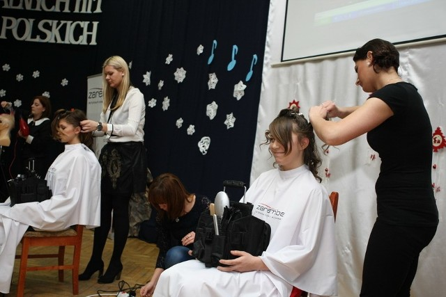 Pokaz fryzjerstwa artystycznego w SłupskuPokaz fryzjerstwa artystycznego w Słupsku
