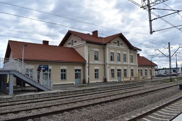 Odnowiony dworzec kolejowy w Nowym Targu