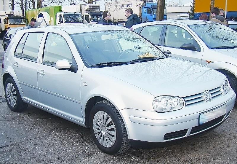 Volkswagen golf, sprowadzony z Niemiec, rocznik 2000, silnik diesla 1,8 TDI, przebieg 168 tys. km, cena 16.200 zł plus opłaty (fot. Czesław Wachnik)