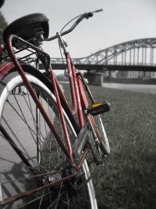 Będzie proces rowerzysty, który potrącił staruszkę