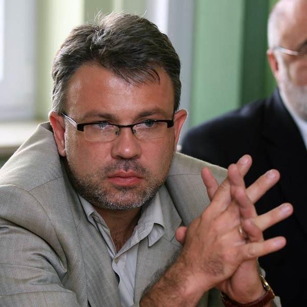 Bernard Waśko tłumaczył się wczoraj przed marszałkiem województwa.