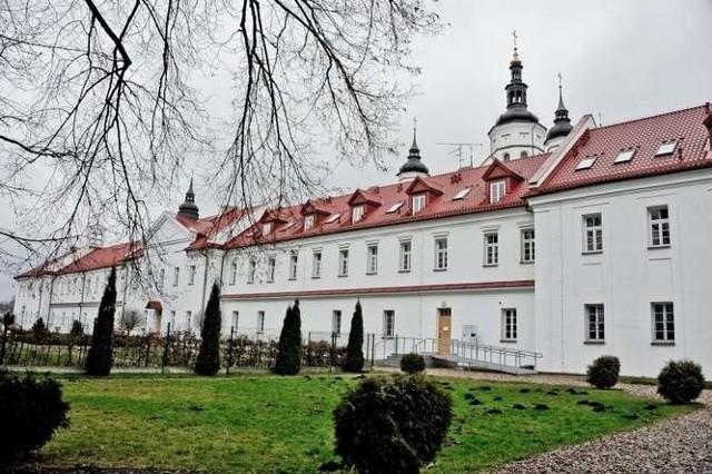 Otwarcie wyremontowanego monasteru przyciągnęło polityków z całej Polski