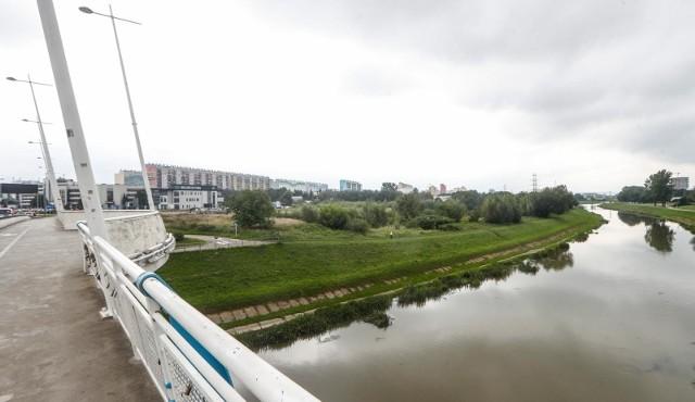 Obserwatorzy wtorkowej sesji przecierali oczy ze zdumienia, kiedy reprezentujący Rozwój Rzeszowa Konrad Fijołek wyszedł z inicjatywą ochrony terenów zielonych nad Wisłokiem przed chaotyczną zabudową.