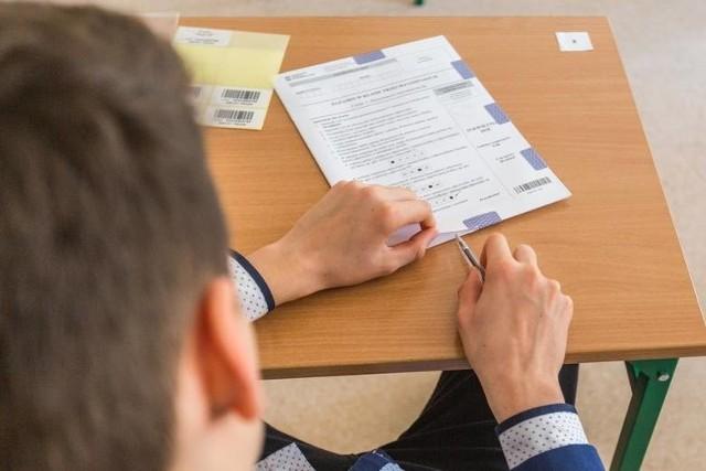 Egzamin ósmoklasisty 2021 - matematyka. Co trzeba wiedzieć? Co trzeba umieć? Jak się przygotować do egzaminu?