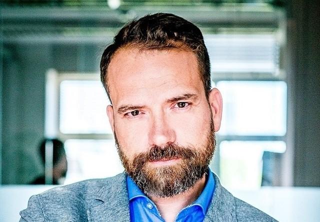 Rafał Oracz   CEO Grupy AdNext, w skład której wchodzi m.in  DDOB.com (Daily Dose of Beauty) – społeczność dająca ponad kilkudziesięciu tysiącom młodych twórców możliwość zaistnienia na społecznościowych platformach takich jak youtube, instagram, snapchat czy musical.ly