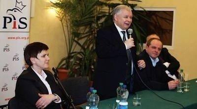 0922a9f94450d Beata Szydło i Jarosław Kaczyński, podczas wizyty prezesa PiS w Oświęcimiu.  Fot. Dorota