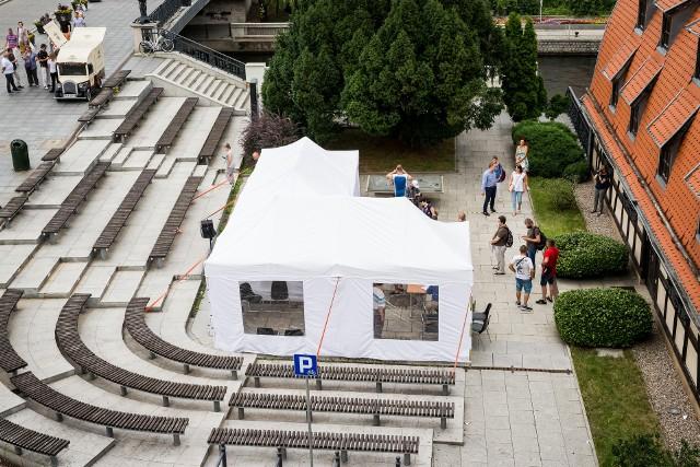 Miasto zorganizowało weekendowy plenerowy punkt szczepienny, który cieszył się sporym zainteresowaniem