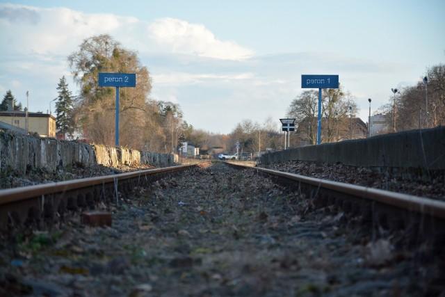 Czy do powiatu sępoleńskiego wrócą pociągi? Do tego jeszcze daleka droga. Na razie gmina Koronowo zamierza ogłosić przetarg na studium wykonalności połączenia Bydgoszcz-Koronowo-Więcbork-Sępólno-Chojnice