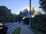 Wielki pożar w Grudziądzu, płonęła zabytkowa lokomotywownia PKP. Gęsty dym było widać w daleka [zdjęcia]