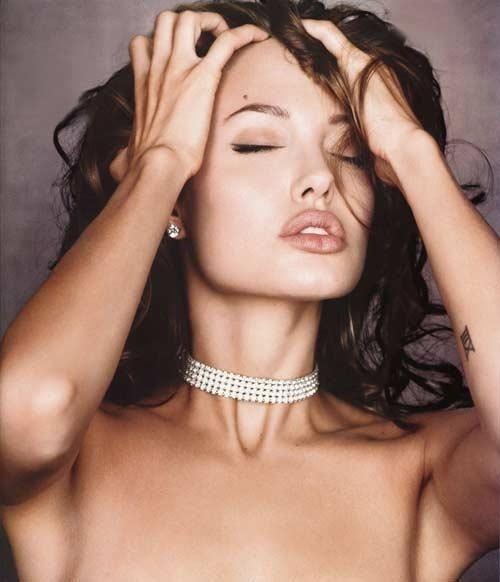 Wśród najbogatszych ludzi świata są - tradycyjnie - piękna Angelina Jolie i Brad Pitt