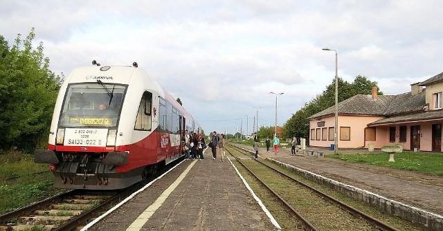 Wśród inwestycji planowanych przez spółkę PKP PLK jest m.in. rewitalizacja linii kolejowej nr 27 na odcinku Toruń - Lipno - granica województwa wraz z elektryfikacją na odcinku Lipno - Lubicz - Toruń. Na zdjęciu: stacja kolejowa w Lipnie