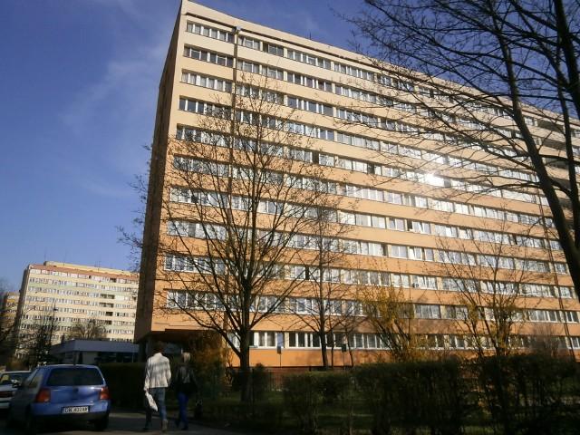 W Polsce działa prawie cztery tysiące spółdzielni mieszkaniowychCiekawe nazwy spółdzielni mieszkaniowych, czyli Nasza Sprawa, Wspólna Chata