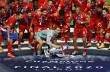 UEFA zdecydowała, że mecz o Superpuchar Europy odbędzie się z udziałem kibiców. 24 września w Budapeszcie, Sevilla zmierzy się z Bayernem