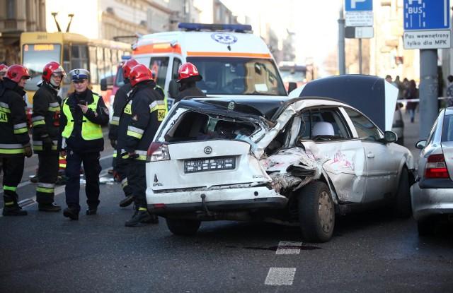 W wypadku na Piotrkowskiej, 6 stycznia br. zginęły 3 starsze kobiety i ranny został kierowca opla. Sprawcą wypadku był pijany motorniczy