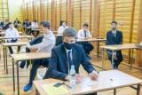Próbna matura 2021. W opolskich szkołach średnich w środę 3 marca ruszają próbne egzaminy. Potrwają do 16 marca
