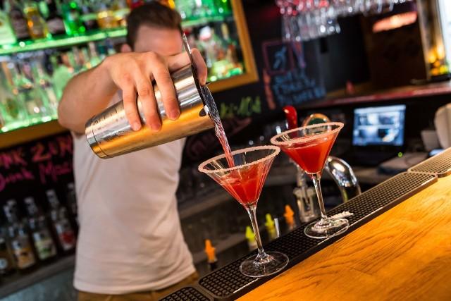 Korzystając z możliwości jakie daje przyjęta 26 stycznia uchwała sejmowa, władze miasta zamierzają zwolnić restauratorów do opłat za sprzedaż alkoholu przeznaczonego do konsumpcji na miejscu