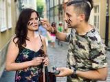 """Gdańsk tłem dla teledysku. Duet Mateusz Wyziński i Ilona Karnicka przekonuje, że ,,Życie jest jedno"""" [Posłuchaj, zobacz!]"""