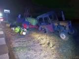 Wypadek pod Brzegiem. Kierowca ciągnika ursus wymusił pierwszeństwo na motocykliście. Kierowca jednośladu jest ranny