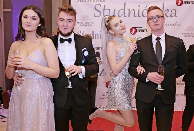 Bal maturalny IV Prywatnego Liceum Ogólnokształcącego w Krakowie