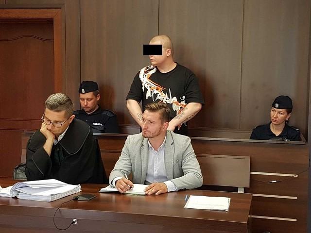 33-letni Rafał W. przed Sądem Okręgowym w Opolu.