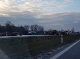 Rozbita ciężarówka blokuje S5 pod Wrocławiem