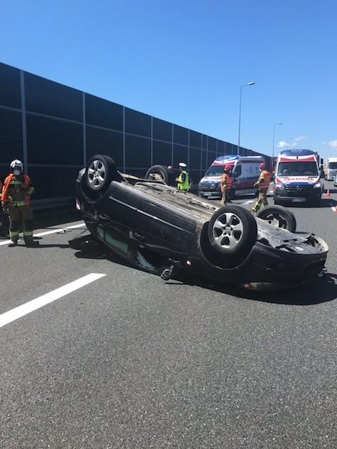 Wypadek na A4 pomiędzy Krakowem i Brzeskiem