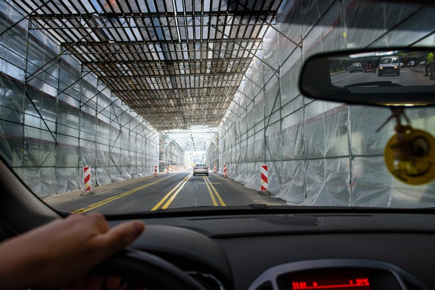 Trwa remont mostu drogowego w Toruniu. Kierowcy, którzy chcą...