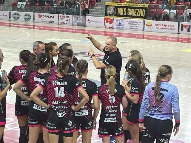 MKS PR URBIS Gniezno wygrał z Samborem Tczew 31:26 na start ligi.
