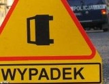 Wypadek śmiertelny pod Widuchową. Opel zdeżył się z autobusem PKS.