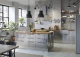 Szara kuchnia z drewnem – pomysły na wnętrze
