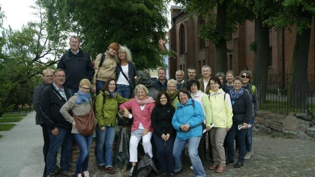 Polscy i niemieccy nauczyciele bawili się świetnie zwiedzając okoli-ce, śpiewając ludowe piosenki i dyskutując o stosunkach obu krajów