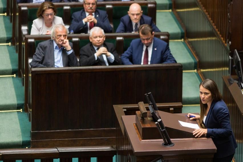 Agnieszka Pomaska interweniuje ws. unieważnienia uchwały ograniczającej plastik w Wałbrzychu