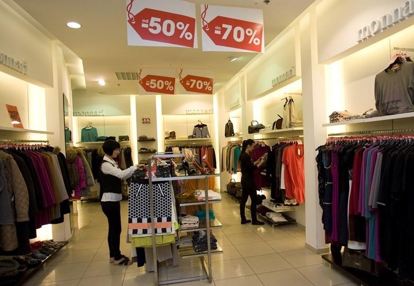 Sklepy kuszą wyprzedażami, ale warto zachować rozsądekRzecznicy konsumentów radzą: dokonując zakupów na wyprzedażach, kierujmy się rozsądkiem.