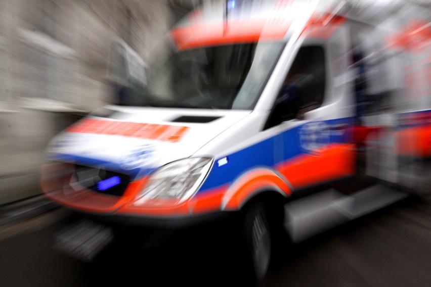 Wypadek na ul. Warszawskiej w Białymstoku. Mężczyzna w renault potrącił 14-letnią rowerzystkę