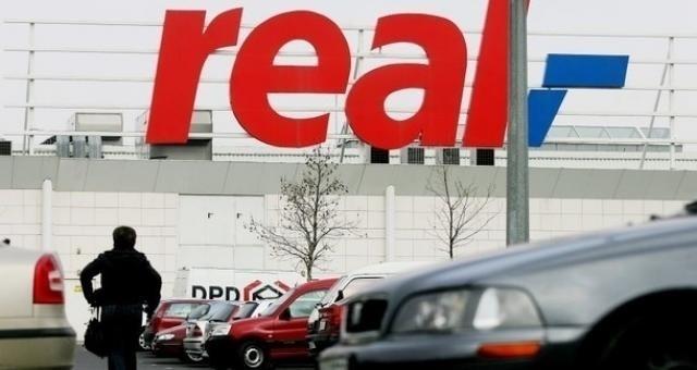 Wielka zamiana szyldów. Reala zastąpi AuchanMiejsce dotychczasowego szyldu sklepu zastąpi znak sieci Auchan