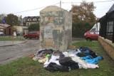 Przepełnione kontenery na ubrania w Kielcach