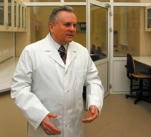 Prof. Mariusz Ratajczak kieruje całym przedsięwzięciem.