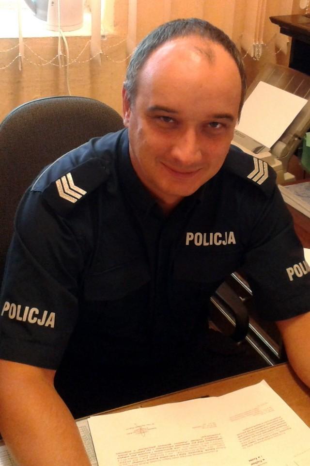 Aby zagłosować na sierż. sztab. Adama Sysio wyślij SMS o treści POLICJANT.9 na numer 7155 (koszt 1.23 zł z VAT)