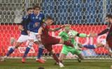 Lech Poznań poległ w meczu z Pogonią Szczecin (0:4). Fatalny występ źle zestawionego Kolejorza. Oceniamy piłkarzy za występ przy Bułgarskiej
