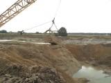 Kto zniszczył pola pod Białą w województwie opolskim? I co skrywała ziemia?