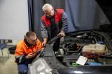 Poważne zmiany w badaniach technicznych pojazdów. Wprowadzony zostanie obowiązek fotografowania. Jakie jeszcze zmiany planuje rząd?